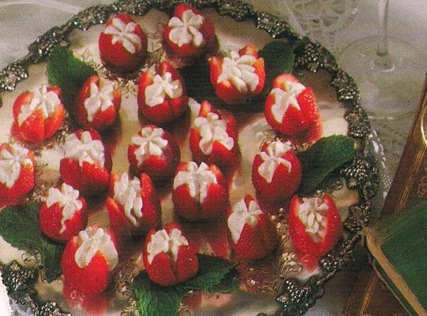Lynnda's Strawberry Flowers Recipe