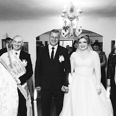 Wedding photographer Sergiu Cotruta (SerKo). Photo of 03.02.2018