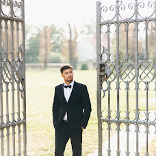 Wedding photographer Vladimir Virstyuk (Sunshinefamily). Photo of 26.11.2018