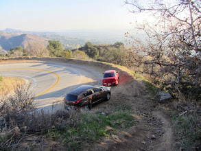 Photo: View south approaching the end of Upper Colby Trail at a hairpin curve on Glendora Mountain Road. The upper terminus of Colby Trail is about 75 yards around the bend.