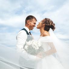 Wedding photographer Tolya Sarkan (sarkan). Photo of 21.08.2019
