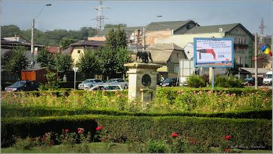 Photo: Turda - Piața Romană - Statuia Lupa Capitolina - monument istoric  - 2018.08.14