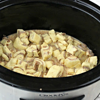 Crock Pot Cinnamon Roll Casserole Recipe