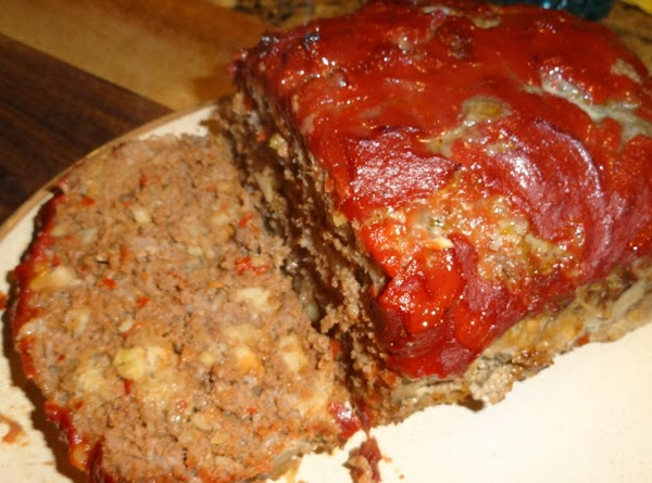 Place the meatloaf on a platter and slice it to serve.  You can...