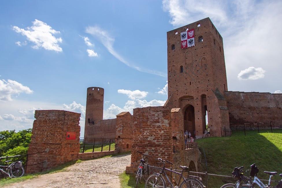 zamek w Czersku, Czersk, wieża Bramna