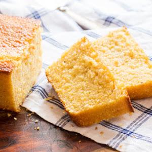 Easy Buttermilk Cornbread | #SundaySupper