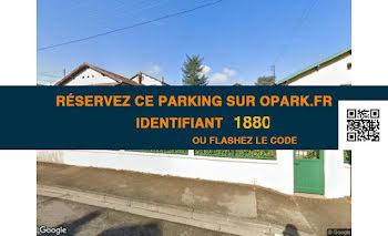 parking à Bron (69)