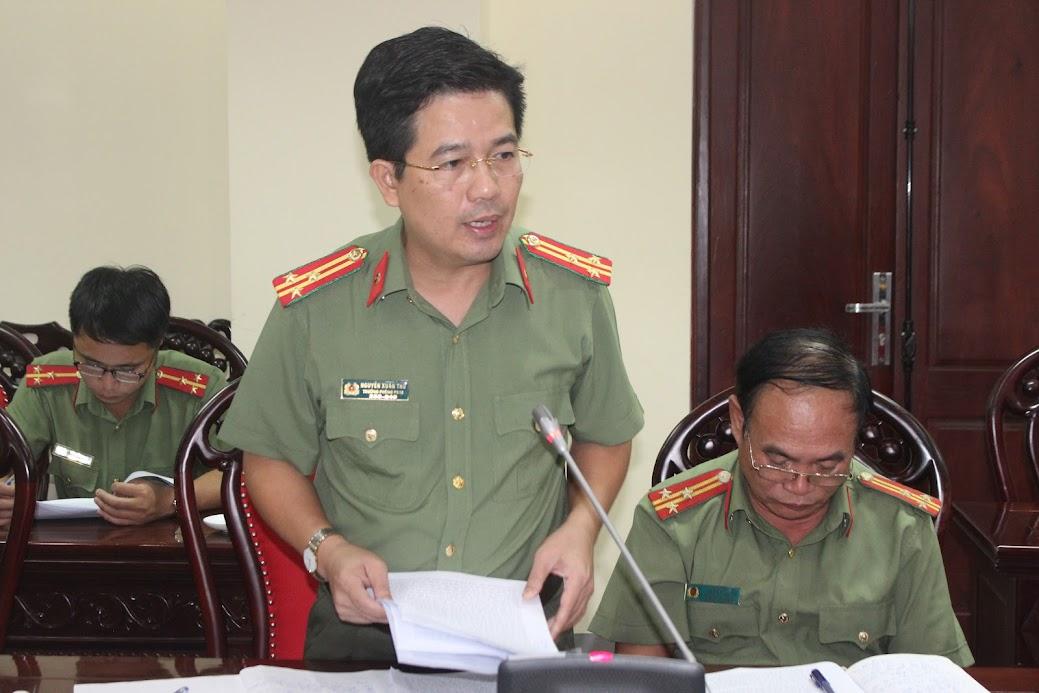 Thượng tá Nguyễn Xuân Thư, Bí thư chi bộ, Trưởng phòng PX04 nêu giải pháp nâng cao chất lượng SHCB tại đơn vị