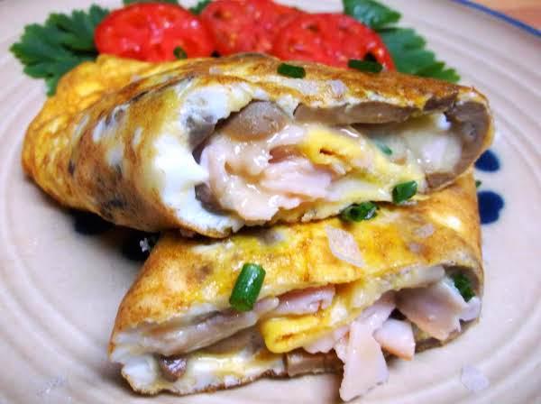 Smoked Turkey Mushroom Cheese Omelette Recipe