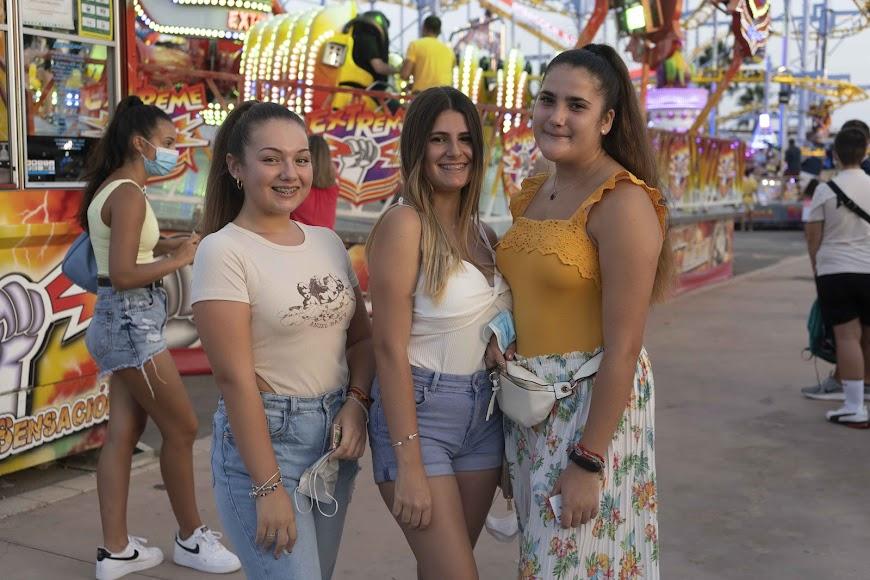 Carmen, Desi y Laura