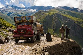 Photo: Congestion on the Manali-Leh Highway, below Rohtang La, Himachal Pradesh, Indian Himalayas