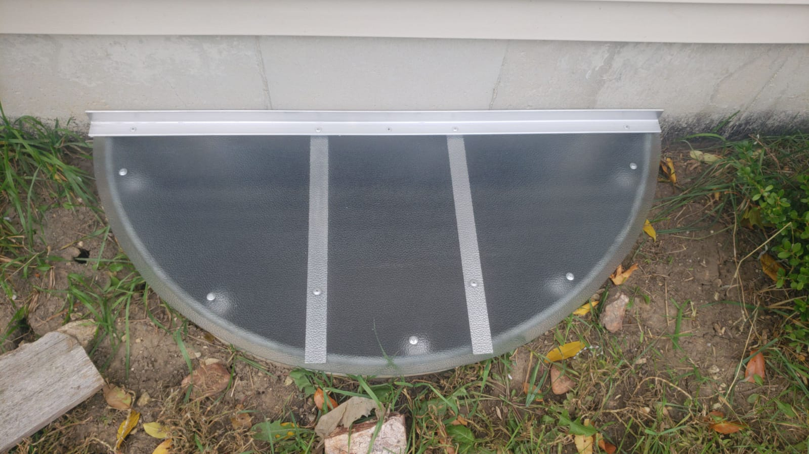 Rolling Meadows , IL-HandyManny Custom Window Well Covers