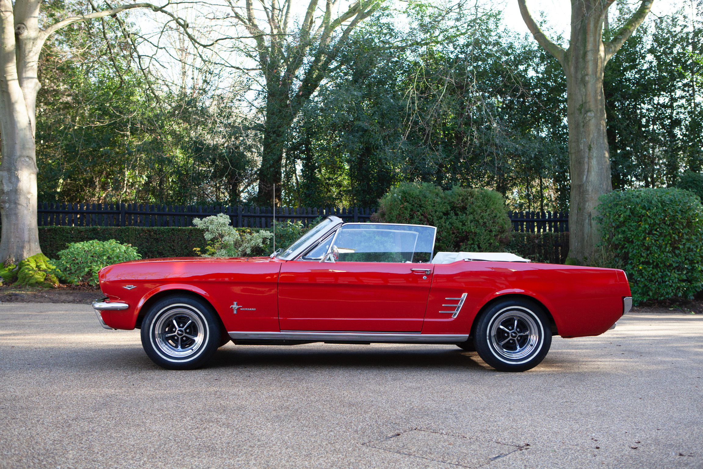 Ford Mustang Convertible Hire Oxted