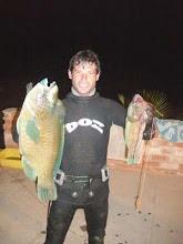 """Photo: Juan Manuel """"El loco"""" pesca en punta sal"""