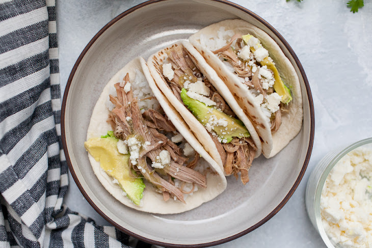 Slow Cooker Salsa Verde Pulled Pork Tacos Recipe