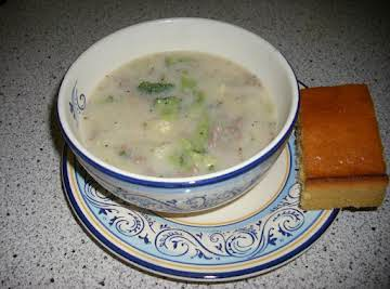 Baked Potato Soup Deluxe