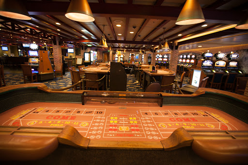 Ruby-Princess-Gatsby-casino - You'll find blackjack, craps, roulette, slots, poker and bingo at Gatsby's Casino aboard Ruby Princess.