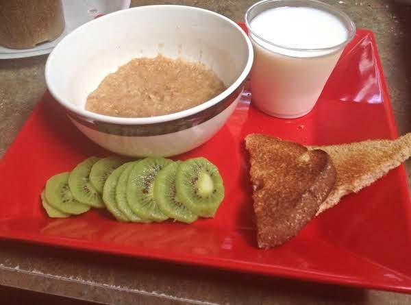 Oatmeal & Kiwi Healthy Breakfast