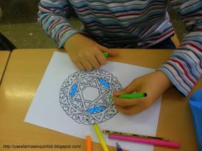 Photo: Día Andalucía-Decoración de Plato de cerámica granadina