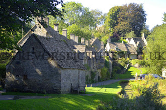 Photo: BIBURY IN THE COTSWOLDS