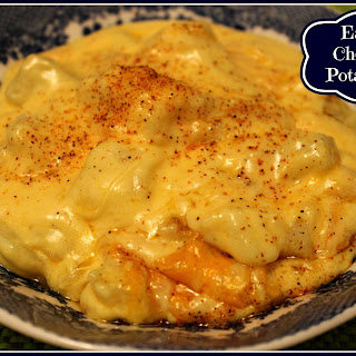 Easy Cheesy Potatoes!.