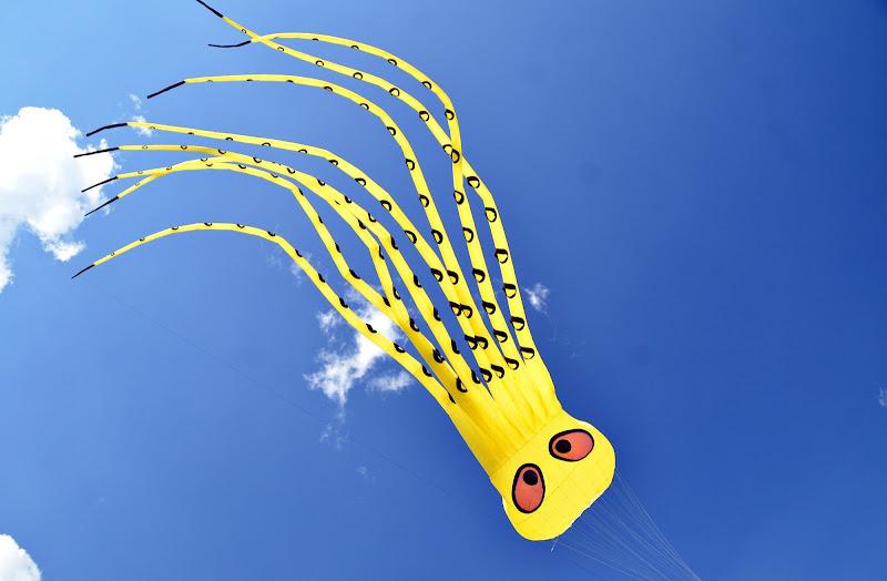 Un giallo mostruoso di viola94