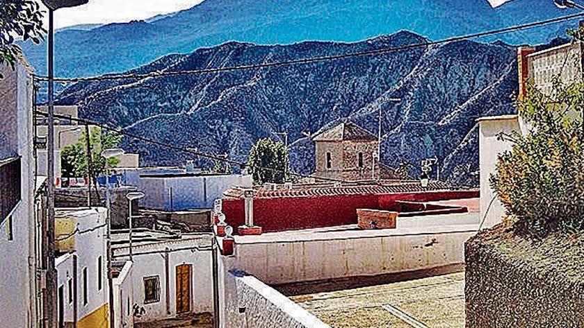 Alsodux está situado en la Alpujarra Almeriense.