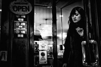 Photo: さよならを言わないで Do not Say Goodbye  Tokyo Street Shooting  Location; #Shinjuku , #Tokyo , #Japan   #photo #photography #streetphotography #streettogs  #leica #leicaimages #leicammonochrom #leicamonochrom #leicamonochrome