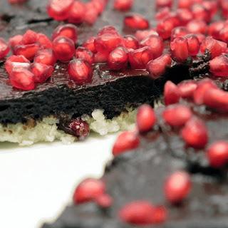 Coconut And Chocolate Cream Raw Cake