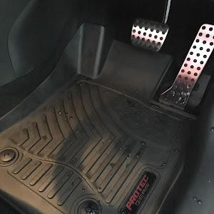 デミオ DJ5FS XD Noble Crimson 2WD 2018のマットのカスタム事例画像 フモブレさんの2018年12月10日13:38の投稿