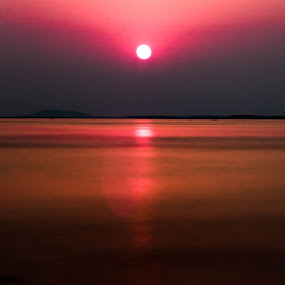 Sunset by Rahul Trivedi - Landscapes Sunsets & Sunrises ( reflection, sunset, sea, pink,  )