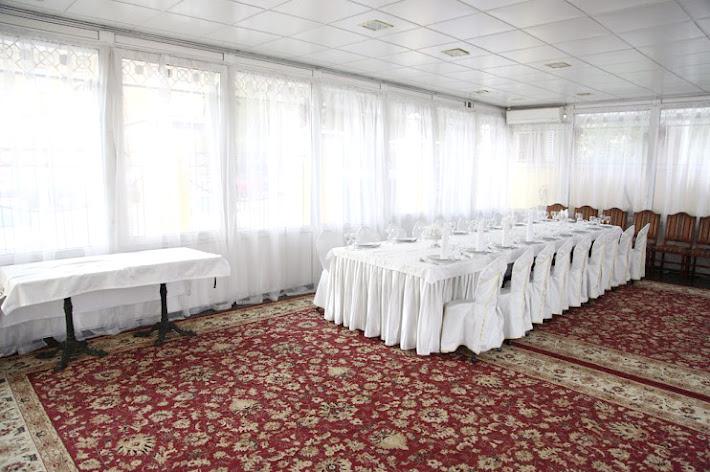 Фото №1 зала Зал «Стеклянный»