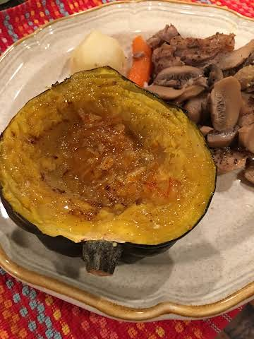 BONNIE'S  BUTTERY BAKED ACORN SQUASH