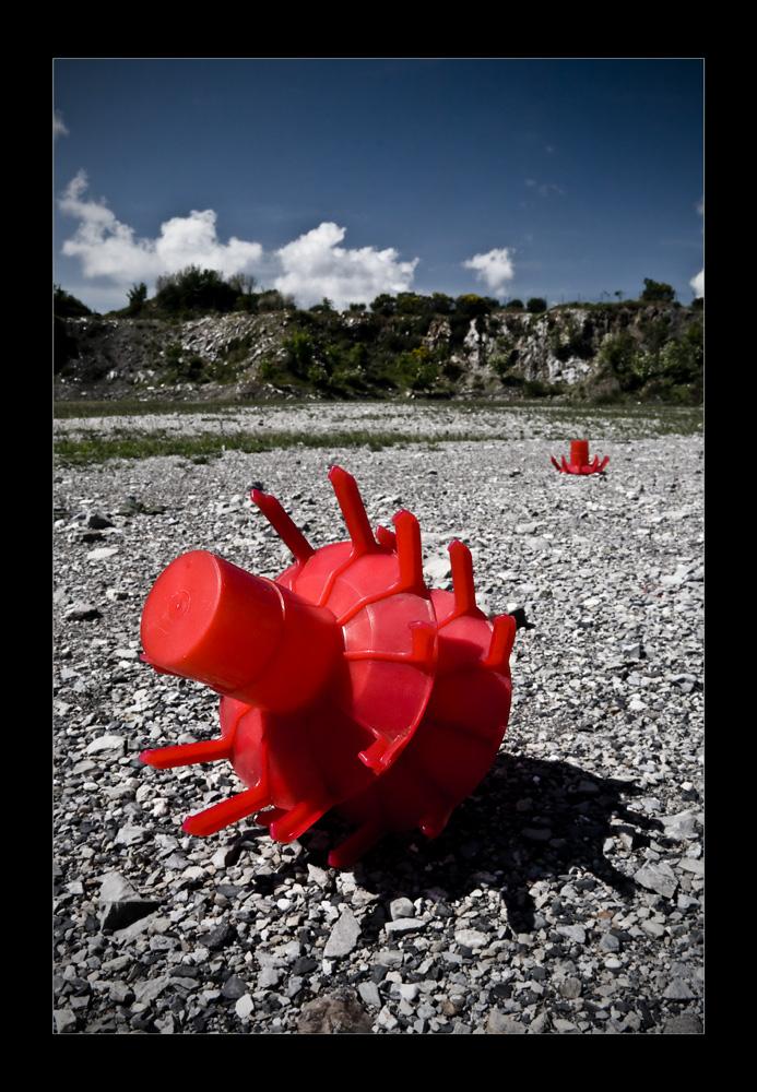 O.R.N.I.Oggetto Rosso Non Identificato di bellerofonte