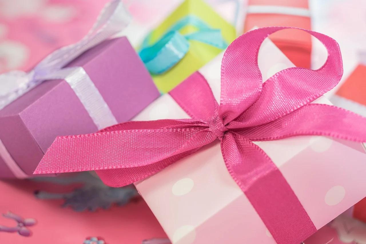 gift, christmas, gift giving