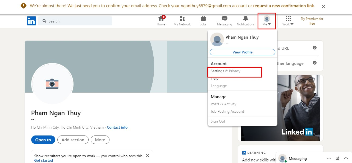 Setting & Privace -> chọn Account access -> chọn Resend verification.