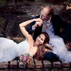 Wedding photographer Snezhana Semenova (Snejnaya). Photo of 01.10.2015