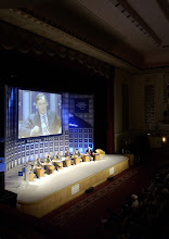 Photo: NEW YORK, 2FEB02 - Overall view of the Plenary hall while Horst Koehler, Managing Director International Monetary Fund (IMF), Washington DC, is seen on a huge screen during a session of the 32nd Annual Meeting of the World Economic Forum at the Waldorf-Astoria hotel in New York on February, 2, 2002. The main subject of the meeting was 'The Global Economic Outlook'. 