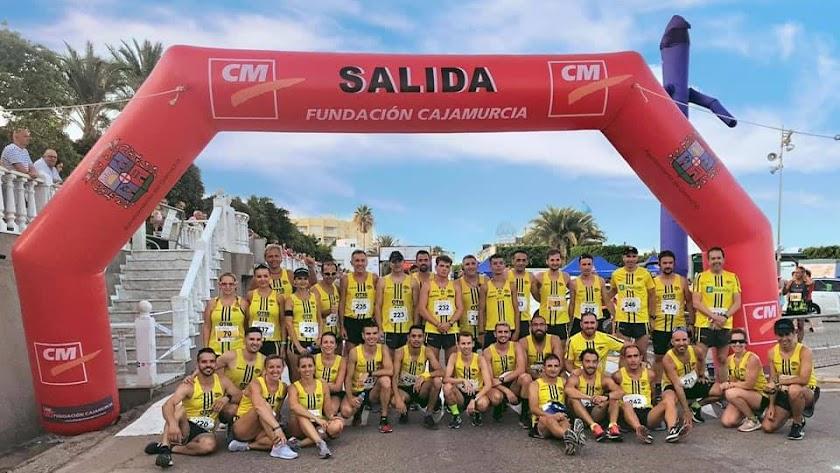 Miembros del club de atletismo.