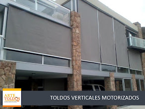 Photo: VERTICALES MOTORIZADOS LONA ACRÍLICA