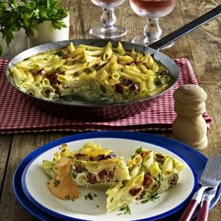 Frittata mit Chorizo und Paprikasoße