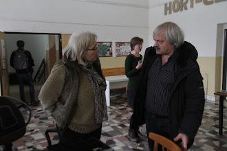 Photo: Blanka diskutuje s režisérom Farieb piesku
