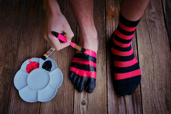 Ma dove vanno a finire i calzini? di Daniela Ghezzi