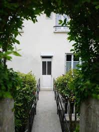 Maison 8 pièces 201 m2