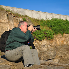 Shooting the Shooter by Donna Brittain - People Professional People ( photographer, gijon, spain, photographers, taking a photo, photographing, photographers taking a photo, snapping a shot )