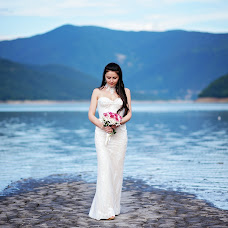 Wedding photographer Andrey Tatarashvili (LuckyAndria). Photo of 20.06.2018