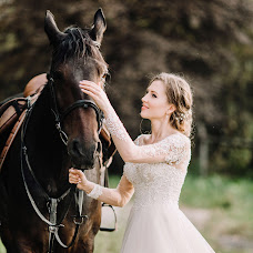 Wedding photographer Elena Rinnova (Rinnova). Photo of 01.02.2017