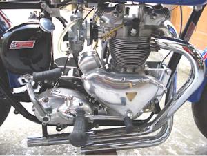 Détail du moteur de L'Etoile Filante, Triumph pre-unit tout alu construit par Machines et Moteurs à Eaubonne