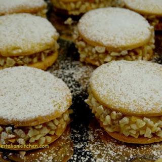 Custard Cream Biscuits With Hazelnuts