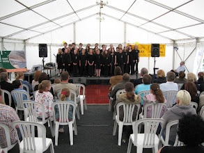 Photo: Young choral singers perform at the Derehman Festival.